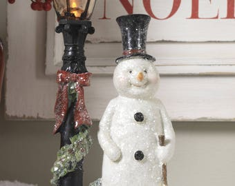 Lighted Lamp Post & Snowman