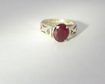 Ruby Ring Sterling Silver/Vintage/Handmade/July Birthstone/Free Shipping US/Christmas/Valentine/Birthday/Anniversary/Friendship Ring