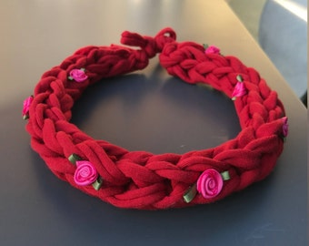 Chunky Red Crochet Necklace with Pink Roses
