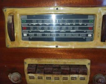 1939 G-E Radio H-634