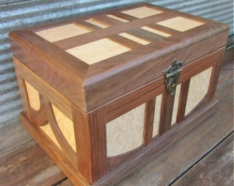 Heirloom Hope Chest/ Trunk