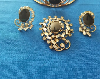 signed carl art 1/20 14 kt gold filled rhinestone bracelet, screwback earring and brooch or pendant set