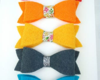 Groovy bow Barrettes