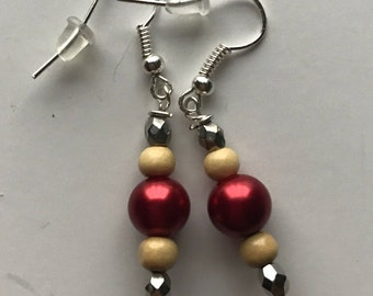 Red and Silver Beaded Drop Earrings, Red Silver Cream Earrings, Silver Red Earrings, Beaded Drop Earrings, Red Silver Earrings