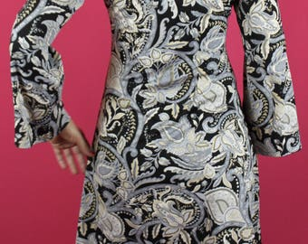Psychedelic paisley mini dress with bell sleeves size S
