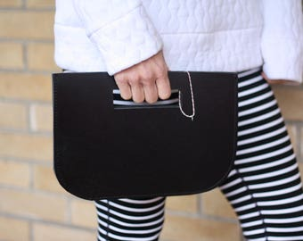 sincere clutch purse