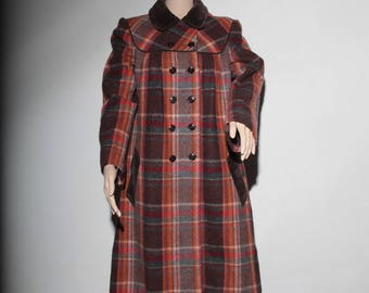 Beautiful coat Plaid 70 s