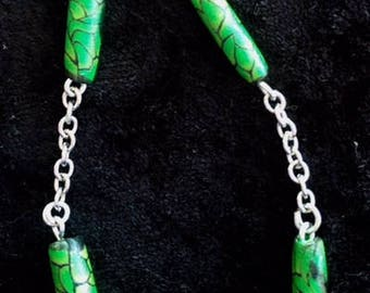 Patterned bead and chain bracelet