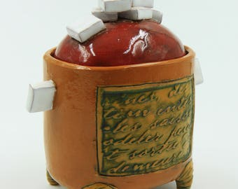 Sugar container. A dish with a lid.
