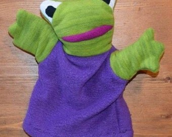 Puppet frog camp/purple
