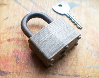 Antique Padlock - Vintage Master Padlock with Key - Made in USA