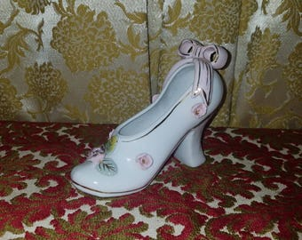 Vintage Pink White Ceramic High Heel Shoe Statue, Figurine Vase Flowers, Gold Trim