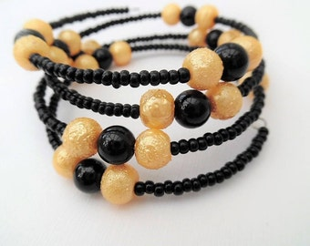 Bumble Bee Bracelet, Yellow and Black Jewelry, Team Colours, Mothers Day Gift, Wrap Bracelet, One Size Bracelet, Gift For Her, Black Beads