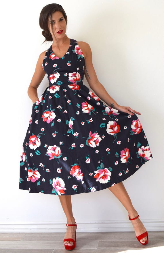 Vintage 90s does 50s Floral Print New Look Criss Cross Back Cotton Sun Dress (size xs, small)