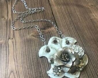 Bouquet Vintage Jewelry Hinge Hardware Silver Rhinestone Flower Pendant Necklace