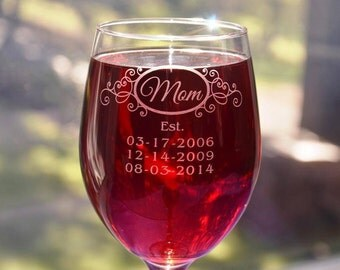 Mom's Engraved Glass with Children's Birthdates, Mothers Day Gift, Mom Birthday, New Mom, Mum Present