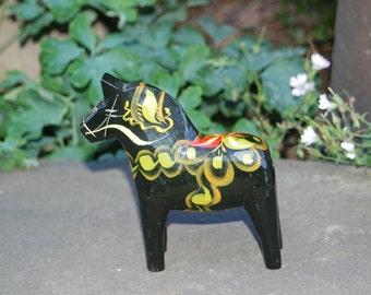 "Early Handcrafted G. (Grannas) A. Olsson 5"" (13cm) Swedish Dala Black, Gold, Red & Green Dala Horse ~ Beautiful ~ Very Good Condition"