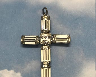 Vintage rhinestone cross necklace (no chain)