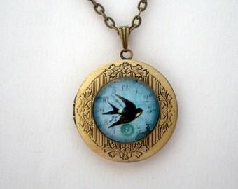 Blue Bird Locket, Keepsake Necklace, Bluebird of Happiness, Vintage Locket, Bird Pendant, Memory Pendant, Fly Free, Protection, Freedom
