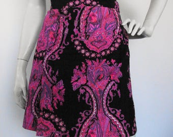 Peace, Love, and Paisley - vintage 70s boho/psychedelic print a-line mini skirt