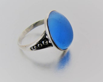 Art Deco Blue Chalcedony Ring. Vintage 1930s Sterling Silver Blue Agate Dome Ring. Size 5.5 US, Size K UK