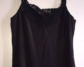 Vintage Women's Sleep Top Made By Vanity Fair size 36/42 Black Lace USA