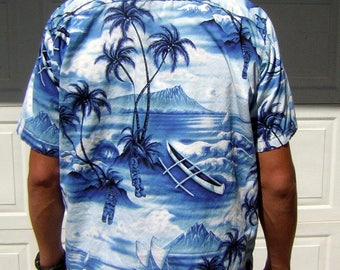 Vintage Blue Hawaiian Shirt - Cotton / Coconut Buttons DIAMOND HEAD Excellent Print Placement - Small