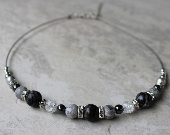 Short Necklaces, Black and Gray Necklace, Beaded Necklace, Stone Beads, Wire Beaded Necklace Gift, Beaded Necklaces for Women, Silver
