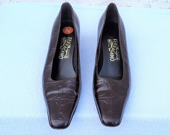 Women Salvatore  Ferragamo Shoes  Size  9 1/2 2A