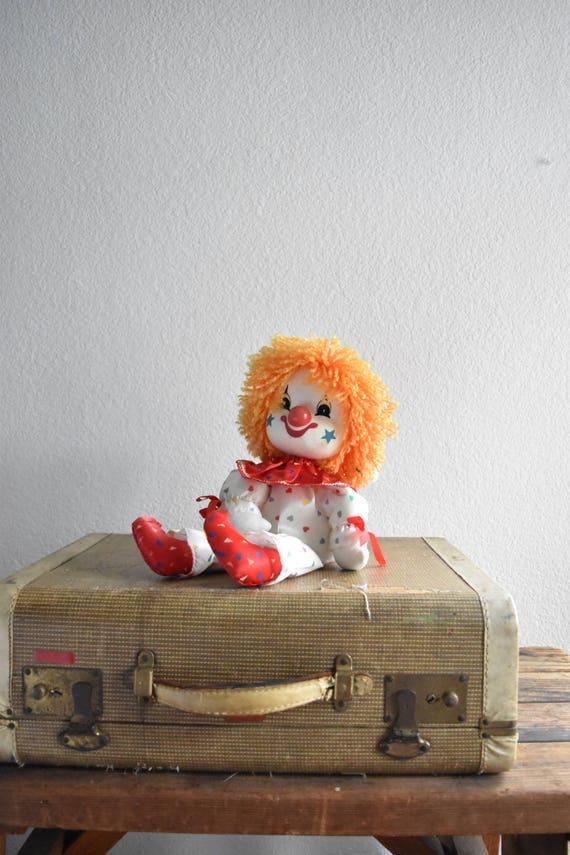 vintage wind up musical clown // moving dancing dolls // rainbow polkadots hearts
