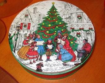 Potpourri Press Tin Christmas Xmas Cookie Tin 1989 Made in Hong Kong Holiday Decor Storage