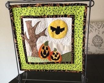 seasonal Mini appliqued halloween quilt  CB