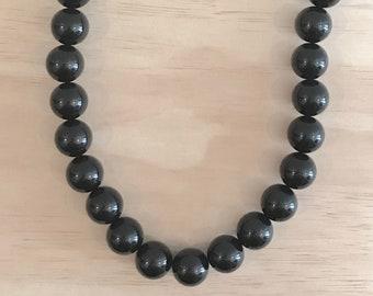 Short Black Basics Acrylic Ball Necklace - Free Shippings Worldwide