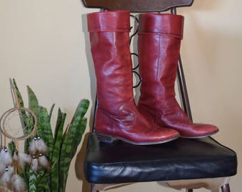 Vintage Nine West Red Oxblood Fold Over Boots with Pointed Toe Womens Size 7 1/2b