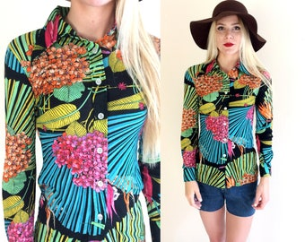 vtg 70s NEON FLORAL tropical print nylon Disco TOP xs/s skinny blouse fitted bold psychedelic colorful shirt