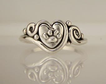 Silver Dog Paw Ring/ Paw Print Ring/ Heart Ring/ Heart Dog Ring/ Pet Remembrance Ring/ Pet Lover Ring/ Paw Print Jewelry/ Dog Jewelry/ 8 3/4