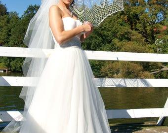 Wedding Lace Umbrella- White Umbrella- Victorian Umbrella- Wedding Prop- Photo Prop- Victorian Parasol- Gift for Bride To Be- Bridal Shower