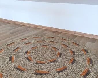 Hand crochet round wool rug, measures 45 inches in diameter