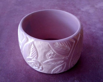 Carved Bangle Lucite Lavendar White Flower Design Super Wide