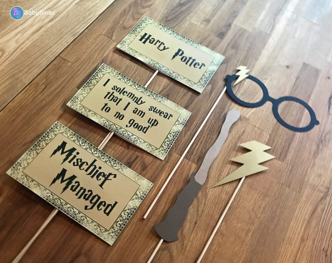 Photo Props: The Harry Potter Inspired Phrase & Wand Set (6 Pieces) - party wedding birthday die cut glasses lightening bolt scar