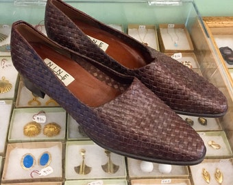 Vintage 80s woven leather shoes  Size 9 1/2 (may also fit size 9) by Nine West  Made in Brazil