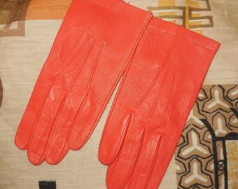 Unworn Vintage Gloves 1950s Bright Orange Kid Leather Gloves Wrist Length Soft NWOT Rockabilly 6 XS S
