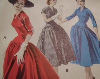 Vintage 1950's Butterick 7554 Dress Sewing Pattern, Size14, Bust 32