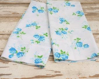 NOS Dan River Standard Pillowcases Turquoise ROSES