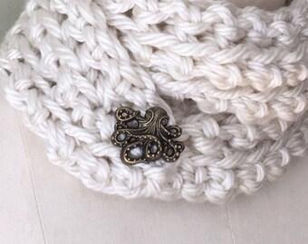 Neckerchief Scarf / Button Scarf / Wrap Scarf / Crochet Scarf / Octopus Scarf / Cream Scarf