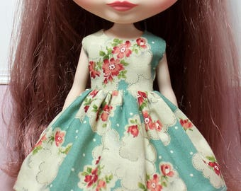 BLYTHE doll Its my party dress - vintage flowers in clouds