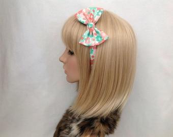 Pastel floral print fabric headband hair bow rockabilly psychobilly pin up girl vintage retro flowers green peach cute kawaii accessories