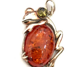 Sterling Silver & Amber Frog Pendant, Round Green and Large Oval Cognac Amber Cabochons, Silver Repousse Frog, Vintage Pendant, Hallmarked