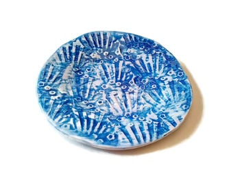 Ceramic plate, ceramics and pottery, ceramic platter, ceramic dishes, ceramic plates, dish to hang, plate to hang, ornamental dish, textured