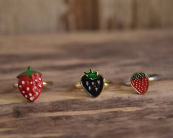 Strawberry Rings - Kawaii fruit rings - cute strawberry ring, Black Strawberry ring, Strawberry jewelry, fruit jewelry, vintage strawberries